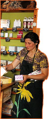 Alain Merit apiculteur La Salvetat sur Agoût. Boutique Sabine