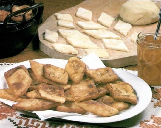 Recettes de desserts de pommes de terre. Beignets de pommes de terre