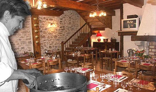 Restaurants en Haut Languedoc. Restaurant Lou Castel Nages