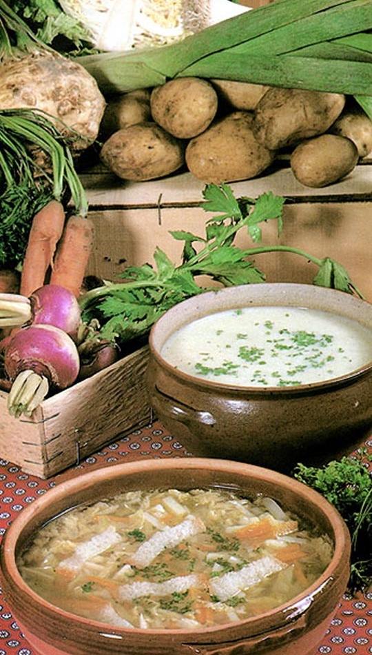 Recettes de pommes de terre. Potage pommes de terre poireaux