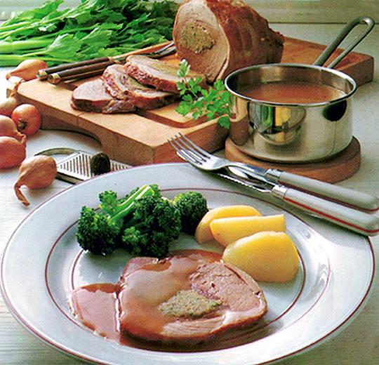 Recettes de rôti de porc. Rôti de porc aux herbes